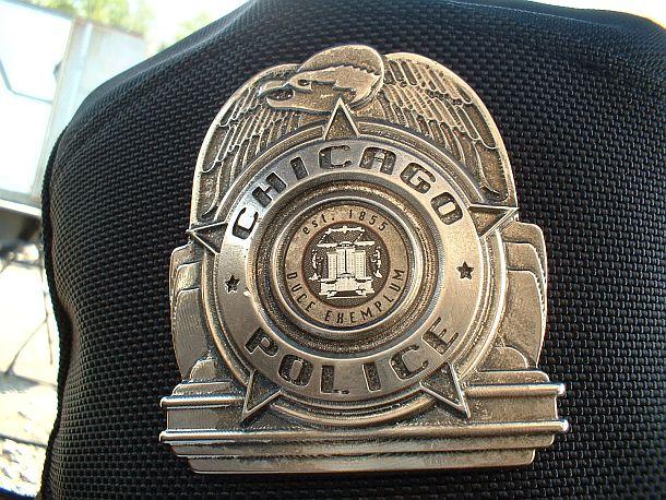 Background SWAT Officer in i-Robot